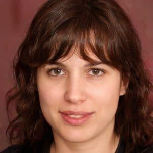 Linda Nichols, writer at GTA Cache