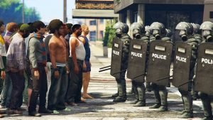 GTA 5 riot chaos mod with swat