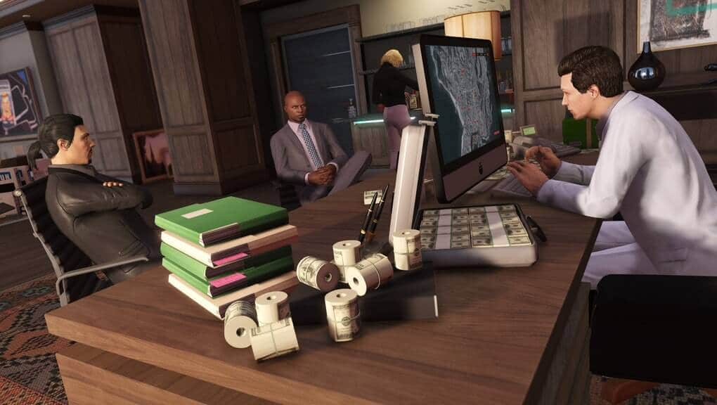 CEO in GTA Online with bank rolls